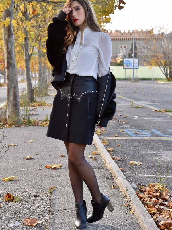 48f9212b7c3 A gritty and cheeky outfit for a best friends date! - Lea   Flò